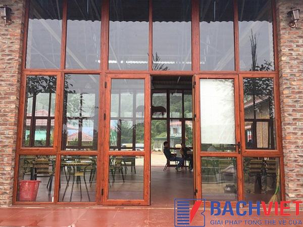 Top 5 màu nhôm xingfa vân gỗ bán chạy nhất tại Bách Việt 3